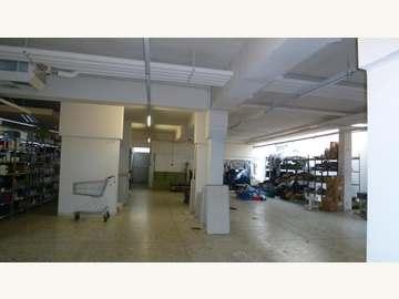Produktionshalle in Wien