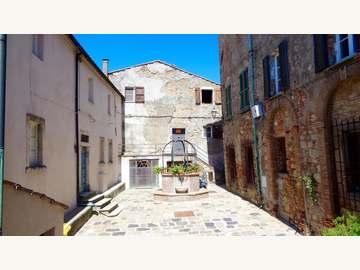 Wohnung in Serrazzano Bild 03